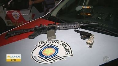 Criminosos são presos após roubo de casa paroquial em Campinas - Um dos suspeitos está foragido.