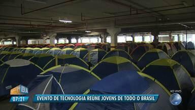 Campus Party Bahia começa nessa quinta-feira (17) na Arena Fonte Nova - O evento de tecnologia reúne jovens de todo o Brasil.