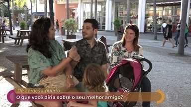 Público fala sobre a importância da amizade verdadeira - No palco do 'Encontro', Fátima lê trecho de crônica do poeta Fabrício Carpinejar