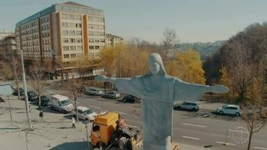 Estátua do Cristo Redentor é inaugurada na Suíça em comemoração aos 200 anos de Friburgo - Assista a seguir.