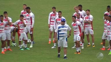 Guto Ferreira faz mistério sobre esquema do Bahia para enfrentar o Palmeiras - Partida acontece no sábado, a partir das 21h.