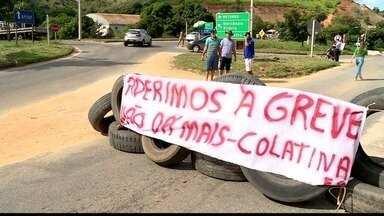 Caminhoneiros protestam contra o preço da gasolina em Colatina, ES - Eles fecharam meia pista da BR-259.