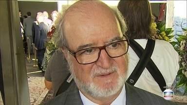 Justiça ordena prisão de Azeredo após último recurso ser rejeitado - Ex-governador de Minas Eduardo Azeredo, do PSDB foi condenado pelo mensalão tucano, que aconteceu 20 anos atrás.