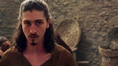 Rodolfo continua com a ideia de voltar a ser o Rei de Montemor - O nobre pretende formar um exército com a ajuda dos amigos