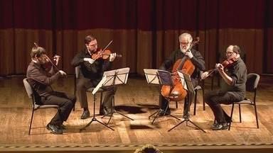 Concertos Petrobras-Tribuna traz Emmanuel Strosser a Santos - Apresentação acontece nesta quinta-feira (24), no Teatro Coliseu, e também terá o trio Pablo de León, Horácio Schaefer e Roberto Ring.