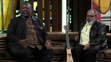 Péricles e Jorge Aragão contam como se conheceram - Jorge estava gravando uma música e Péricles já fazia sucesso