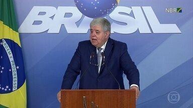 Ministros se reúnem no Planalto para avaliar a paralisação dos caminhoneiros - O ministro da Secretaria de Governo, Carlos Marun, disse que a maior preocupação do governo é com a saúde.