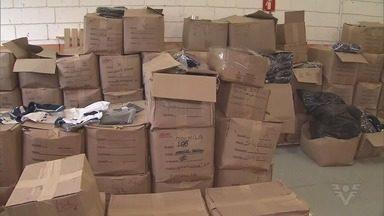 Grande quantidade de material é encontrada abandonada em galpão em Mongaguá - Prefeitura abriu sindicância e registrou boletim de ocorrência.