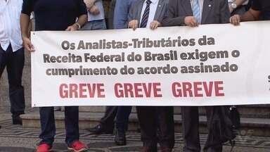 Situação do Porto de Santos começa a voltar ao normal depois da greve - Mesmo que terminais e empresas corram atrás do tempo, parte das mercadorias ainda vai demorar mais do que o esperado para sair do cais.