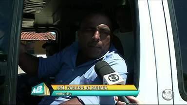 Rodovias estaduais precisam de reparos em Flores - Uma das rodovias foi inaugurada há um ano, mas já está cheia de buracos.