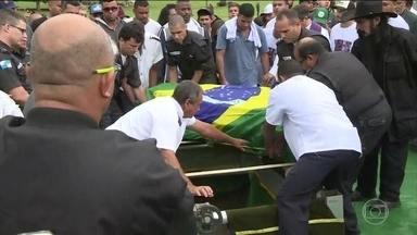57 policiais foram assassinados no Rio só em 2018 - As famílias dos policiais ficam marcados pela violência para sempre.
