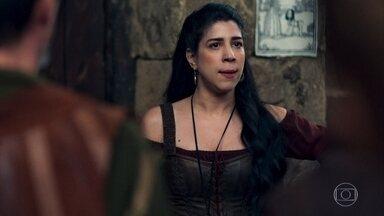 Matilda fica indignada ao ver caricatura de Amália e Afonso - O povo de Montemor ri e se diverte com o desenho