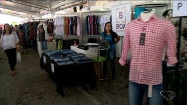 Bazar oferece produtos com preços mais baixos em Linhares, ES - Evento é uma ótima opção para quem quer economizar.
