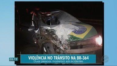 Duas pessoas morrem em acidente - Duas pessoas morrem em acidente