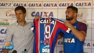 Bahia apresenta o atacante Gilberto - Confira as notícias do tricolor baiano.
