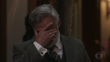 Tibúrcio e Edmundo se enfrentam - Edmundo confirma que foi atrás de Fani, mas promete se desculpar com Ema no dia seguinte