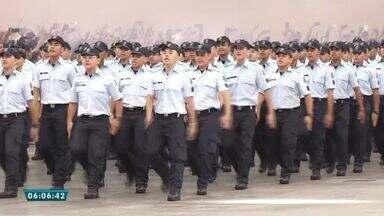 Governador dá posse a 1.319 policiais estaduais - Saiba mais em g1.com.br/ce