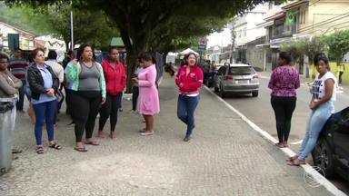 Moradores de Paraíba do Sul, RJ, ainda estão sem transporte público - Funcionários da única empresa de ônibus da cidade seguem em greve.