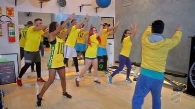 Grupo de Campo Grande aprende danças típicas de países que estão na Copa do Mundo - Em uma academia eles se remexem ao som de músicas argentinas, espanholas, alemãs e colombianas, entre outras.