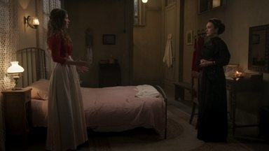 Julieta diz a Elisabeta que é como ela - A Rainha afirma que tem a mesma obstinação que a jovem Benedito