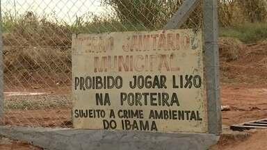 Justiça solta prefeito de Murutinga do Sul após prisão por depósito irregular de lixo - O prefeito de Murutinga do Sul (SP), Gilson Pimentel (PSDB), que foi preso nesta quarta-feira (13) por crime ambiental, foi solto pela Justiça durante uma audiência de custódia durante a tarde desta quinta-feira (14).