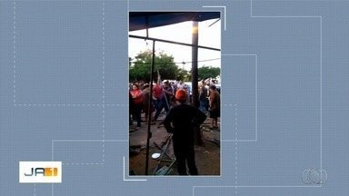 Horários de funcionamento das feiras Hippie e da Madrugada causam confusão entre feirantes - De acordo com os feirantes da Feira da Madrugada, os vendedores da Feira Hippie não estão respeitando o acordo da Prefeitura de Goiânia.