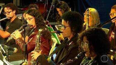 Festival de Jazz & Blues começou nesta sexta em Rio das Ostras, no RJ - Assista a seguir.