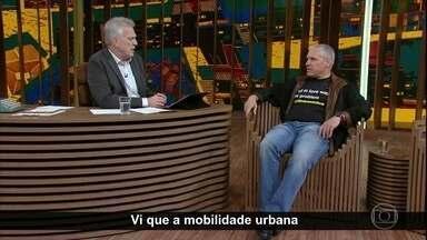 Uri Levine fala sobre mobilidade urbana - Ele explica como responde aos críticos que rotulam o waze como um aplicativo egoísta