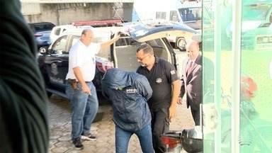 Empresário suspeito de mandar matar advogado presta depoimento - Crime ocorreu em Presidente Venceslau.