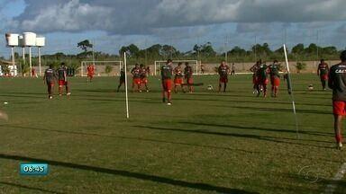 CRB treina para jogo contra ao Paysandu no sábado - Galo ainda não pode contar com reforço que veio da Tailândia.