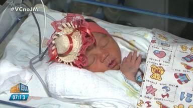 São João: clima junino toma conta de hospital em Vitória da Conquista - Ate as crianças internadas na UTI neonatal fizeram parte das festividades.