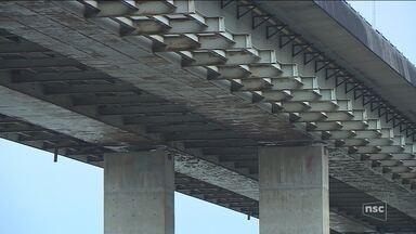 Com problemas estruturais, burocracia impede manutenção nas pontes da capital - Com problemas estruturais, burocracia impede manutenção nas pontes da capital