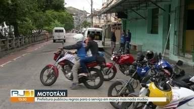 Regras para mototaxistas ainda não saíram do papel - Prefeitura publicou decreto há 3 meses regulamentando os serviços, mas até agora nada mudou.