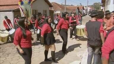Silvianópolis (MG) realiza tradicional Festa do Rosário - Silvianópolis (MG) realiza tradicional Festa do Rosário