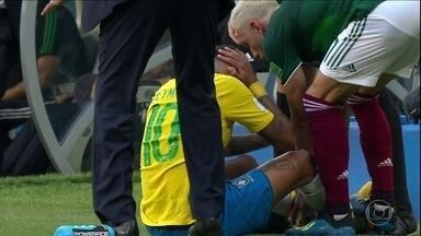 Neymar comenta vitória da seleção brasileira sobre o México - Partida terminou em 2 a 0. O técnico Tite falou sobre a atuação dos jogadores e sobre a pisada do jogador do México em Neymar.