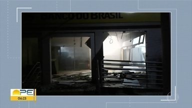 Agência bancária é alvo de explosão em Pombos, na Zona da Mata de Pernambuco - Investida criminosa aconteceu na madrugada desta terça-feira (3).