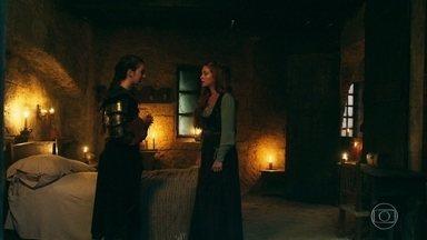 Amália conta a Selena sobre o que Catarina fez a Diana - Amália quer se encontrar com o Rei Augusto