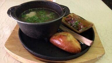 O repórter Raphael de Angeli mostra comida típica do sul da Rússia - Ukha, que é uma sopa de peixe, tem um jeito especial de preparar