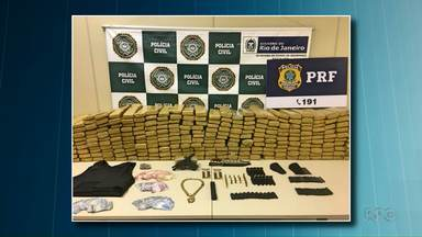 Polícia prende cariocas acusados de comprar armas em Foz do Iguaçu - A suspeita é de eles pertenciam a uma quadrilha que fazia tráfico de armas