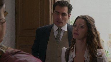 Darcy e Elisabeta invadem a casa de Madame Ivete - Eles estão à procura de Uirapuru