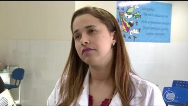 Mais de 24 horas após perder o bebê, uma mãe sofre com espera de parto normal - Mais de 24 horas após perder o bebê, uma mãe sofre com espera de parto normal