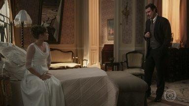 Olegário tenta dar bons conselhos a Charlotte - Ela pede ajuda para encontrar Uirapuru