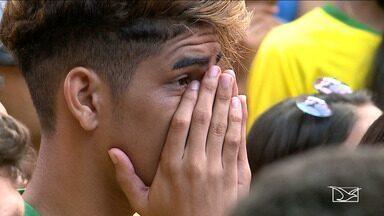 Torcedores em São Luís lamentam eliminação do Brasil na Copa do Mundo - O torcedor se vestiu com as cores verde e amarela, pintou a cara e lotou o Centro Histórico para assistir a partida entre Brasil e Bélgica.