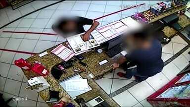Polícia prende suspeito de assaltar lan house várias vezes - A loja funciona no centro de Curitiba.