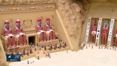 Empresário constrói maquetes de antigas civilizações no Grande Recife - Antigo Egito é uma das civilizações reproduzidas nas miniaturas.