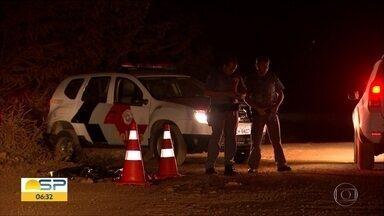 Menino de 9 anos é atropelado por caminhão em Tatuí - Caso foi registrado como homicídio culposo. Motorista está sendo procurado.