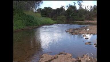 Agência Nacional das águas investiga destino de água em sumidouros do Rio Verde Grande - Água em Jaíba tem diminuído e afetado produtores.