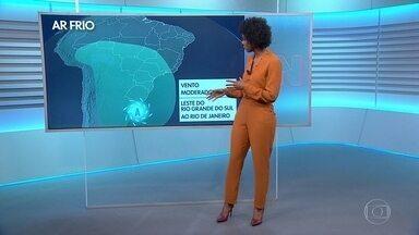 Veja a previsão do tempo para terça-feira (10) - Dia vai ser chuvoso e frio em grande parte do país.