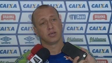 Marquinhos relembra briga de Neymar e Dorival e fala de 'cai-cai' do atacante - Marquinhos relembra briga de Neymar e Dorival e fala de 'cai-cai' do atacante