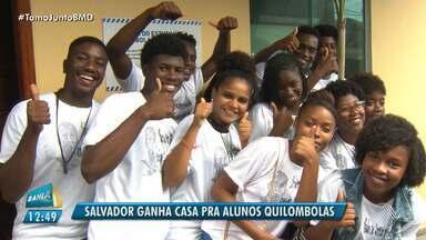 Casa dos estudantes quilombolas é inaugurada em Salvador - O espaço será utilizado para os alunos universitários de Ilha de Maré e Região Metropolitana, que não tem condições de pagar por moradia e manter os estudos na capital.